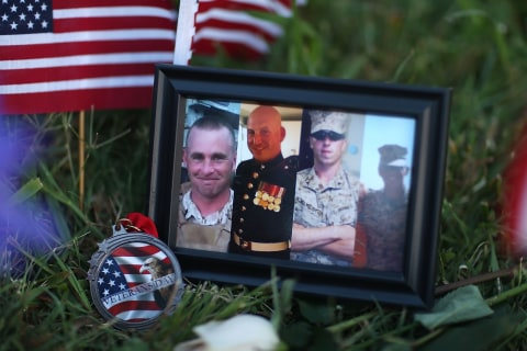 Navy Servicemen Shot in Chattanooga Rampage Will Receive Purple Hearts