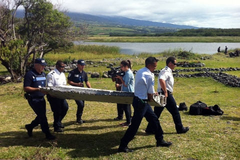 MH370 Search: Reunion Island Scoured for Clues After Debris Washes Ashore