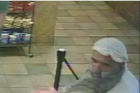Subway Clerks Ignore Robber Until He Just Goes Away: Cops