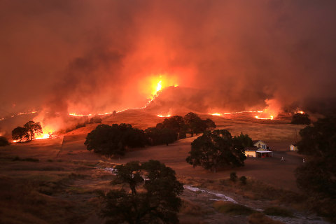 California Firefighters Hold Line Against Wildfires Amid Extreme Heat