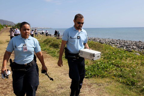 MH370 Mystery: Reunion Combed for More Clues Amid Wait for Answers