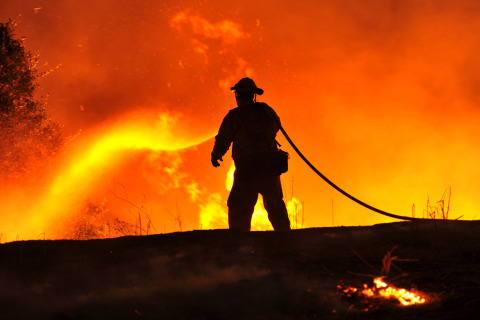California Wildfires: 12,000 Evacuated as Rocky Fire Rages, Grows