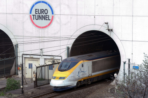 Migrants Climb on Roof of Eurostar Train From London to Paris: Passenger