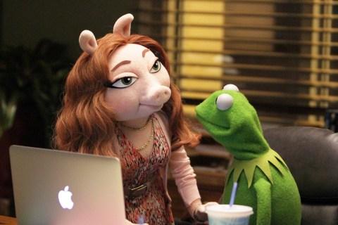 Kermit the Frog's Rumored New Girlfriend Causes Stir