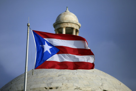 Island Fiscal Crisis Shifts Puerto Rican Power from NY to Florida