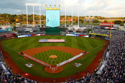 FOLLOW LIVE: Royals Host Astros in Game 1 of ALDS