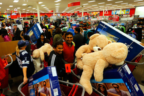 Huge Crowds Turn Up For Early Black Friday Deals