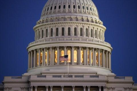 Congress Gives Final OK to Trade Bill