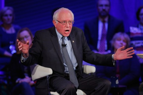 Feel the Bern? Sanders Backers Banned from Tinder for Campaigning