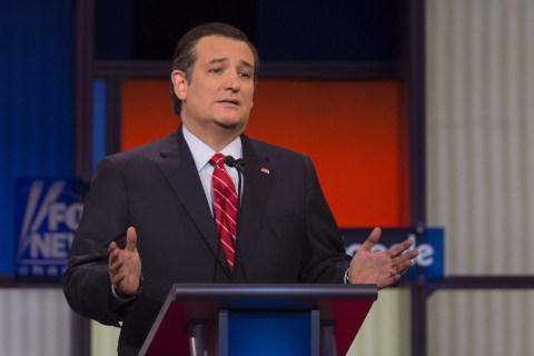 By Taking On Donald Trump, Ted Cruz Places Risky Wager
