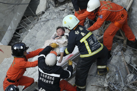 Death Toll in Taiwan Quake Rises to 32