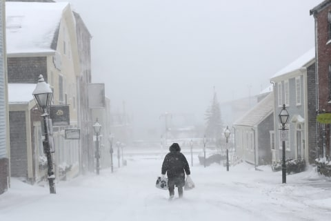 Northeast Braces for Snow, Strong Winds and Coastal Floods