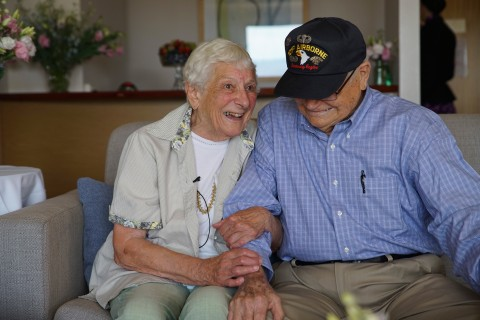 WWII Vet Norwood Thomas Reunites With Wartime Love After 70 Years