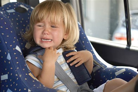 How to Handle in-Transit Tantrums When Traveling With Kids