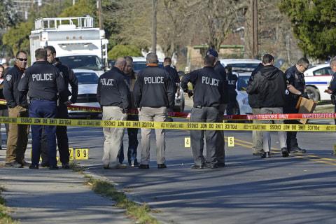 Two Baton Rouge, Louisiana, Cops, One Suspect Shot in Exchange of Gunfire