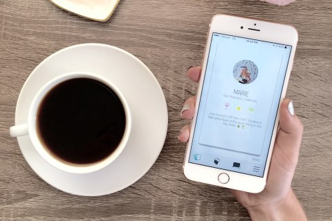 No Romance: These Apps Want to Find You a Best Friend