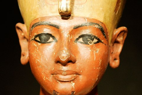 Scans of King Tut's Tomb Reveal Hidden Rooms, Egypt's Antiquities Ministry Says