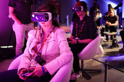 How Virtual Reality Will Change the Way You Shop