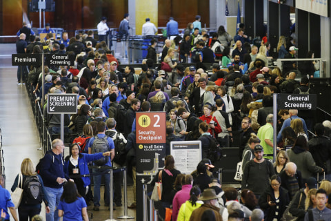 American Airlines Hits Out at 'Unacceptable' TSA Lines