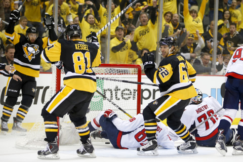 Stanley Cup Playoffs: Penguins Top Capitals For 2-1 Series Lead
