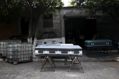 Coffin Industry Booms as Violence Grips El Salvador