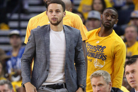 Warriors GM: Not Even Stephen Curry Knows When He'll Return