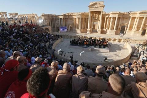Vladimir Putin's Friend Sergei Roldugin Performs in Palmyra, Syria