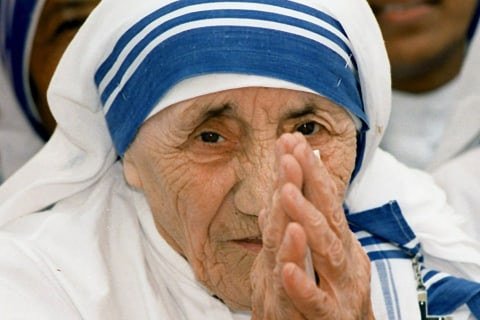 Pope Francis Approves Mother Teresa, Four Others For Sainthood