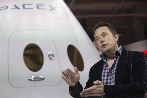 SpaceX CEO Elon Musk Says 'We Plan to Launch People to Mars in 2024'