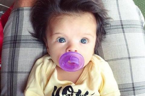 Baby's 'Glamorous' Head of Hair Charms Internet
