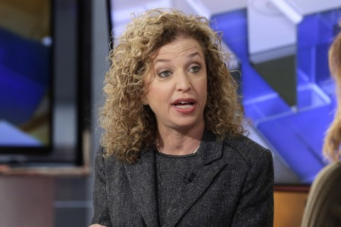 DNC Chief Debbie Wasserman Schultz Stepping Aside in Wake of Scandal