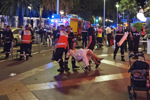 #PrayForNice: World Reacts to Deadly France Truck Attack