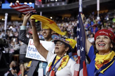 Rough Start Overshadows Latino Showcase at Democratic Convention