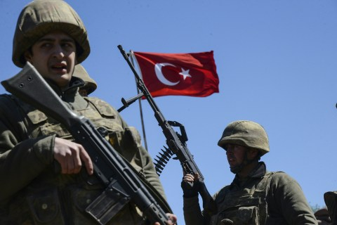 Turkey Frees Over 750 Soldiers After Failed Coup, Erdogan Drops Lawsuits