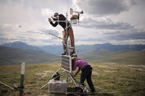 Alaska Scientists on Climate Data Quest Get Rare View of Parks