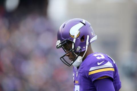 Vikings' Bridgewater Suffers Dislocated Knee, Could Miss Season