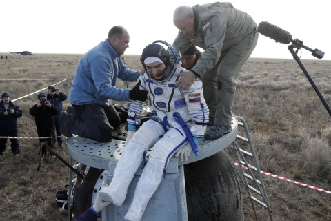 Multinational Crew Leaves Space Station, Returns to Earth Safely