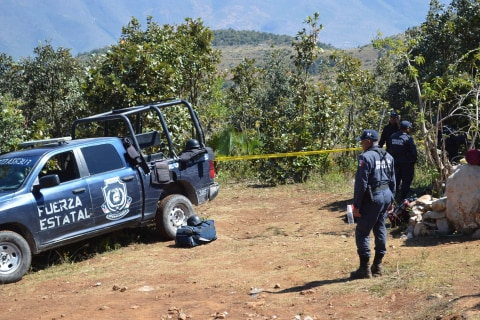 Mexico Violence: 9 Human Heads, 32 Bodies Found in Secret Graves