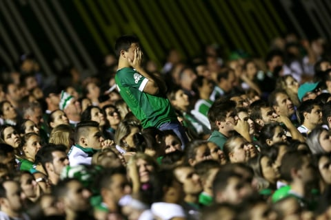 Fans Mourn Brazil Soccer Team Killed in Plane Crash
