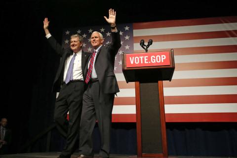 Trump, Pence Endorse Louisiana GOP Senate Candidate John Kennedy Ahead of Runoff