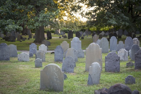 Life Expectancy Shrinks, Death Rate Grows for Americans