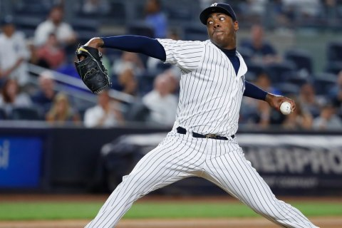 Yankees Reportedly Sign Aroldis Chapman to Richest Reliever Deal