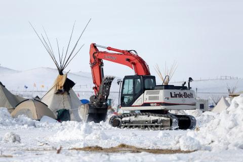 Judge Denies Tribes' Emergency Bid to Halt Dakota Pipeline Construction