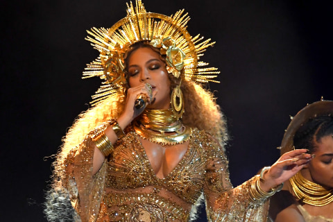 Beyoncé's Grammy Performance Proves She Doesn't Need Awards to Love Herself