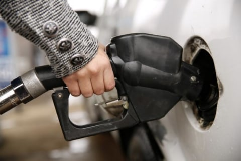 Feds May Soon Roll Back Fuel Economy Standards