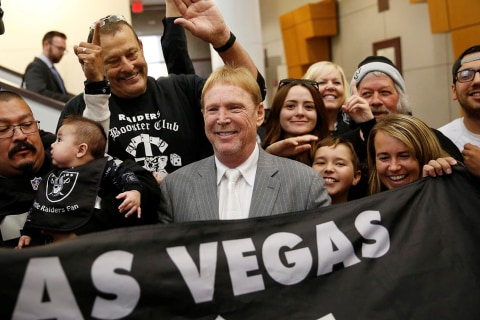 How Will NFL Handle Gambling After Raiders' Move to Vegas?
