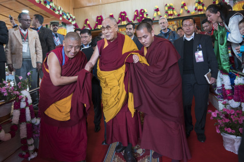 Dalai Lama Leaves Door Open to Next Leader Being a Woman