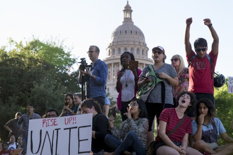 Civil Rights Group Warns Hawaiians About Traveling in Texas