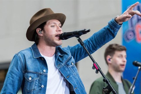 Watch Niall Horan Perform Live on the TODAY Plaza