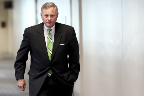 GOP Sen. Richard Burr apparently briefed White House on FBI's Russia probe, Mueller report says